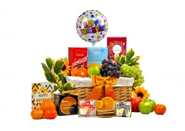birthday-favourites-gift-basket