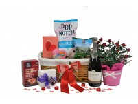 Classic Love Rose Gift Basket