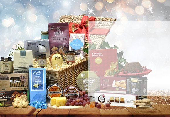Gift baskets and hampers for delivery to london england christmas tempter basket christmas traditional grand hamper negle Image collections