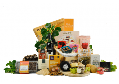 Hamper With Wine & Cheese